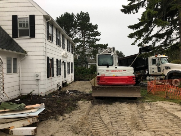 Oceanside Colonial Teardown